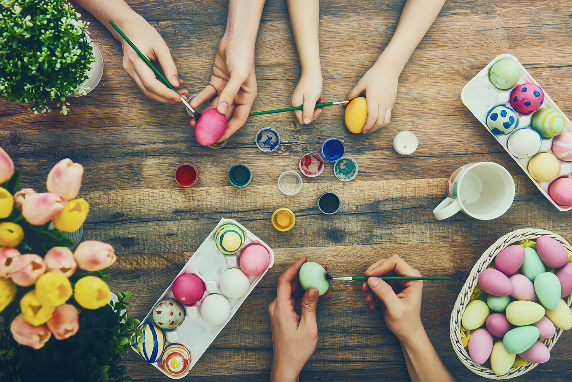 4 Simple Fun Diy Easter Decoration Ideas For All Ages