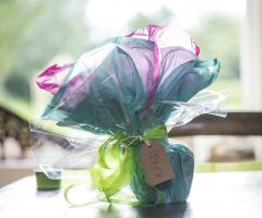 How to gift wrap a mug: a step-by-step guide