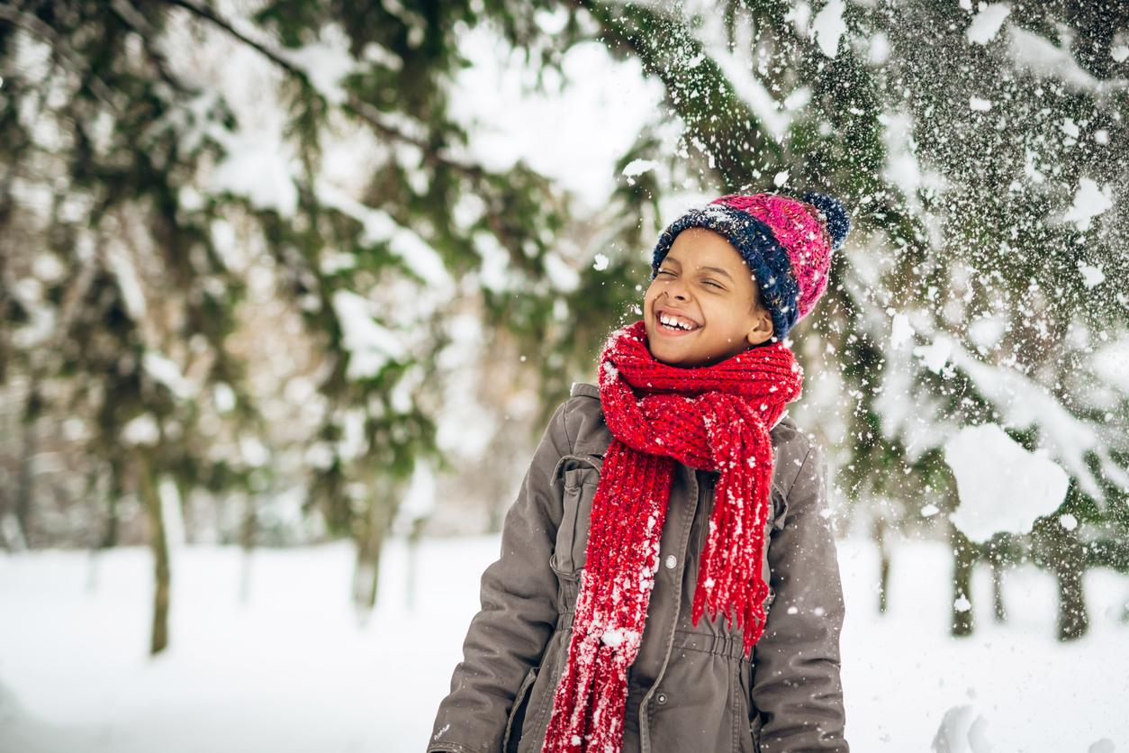 Un enfant dans la neige